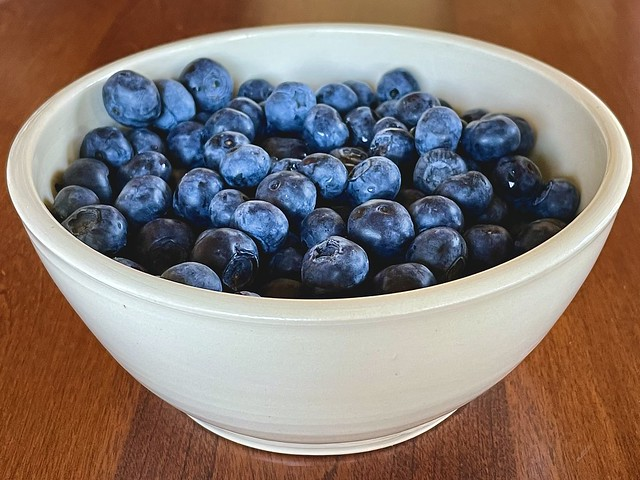 A bowl filled with blueberries